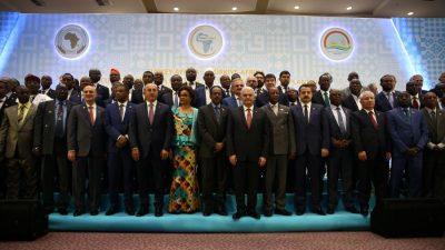 Başbakan Yıldırım, Türkiye-Afrika Tarım Bakanları 1. Toplantısı ve Tarım İş Forumu'nda konuştu