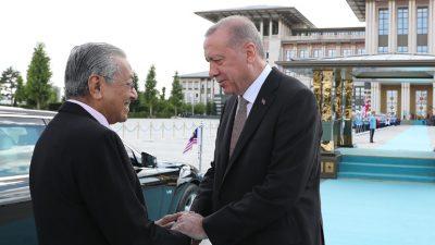 Malezya Başbakanı Mohamad Cumhurbaşkanlığı Külliyesinde