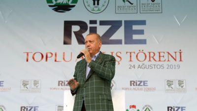 """Cumhurbaşkanı Erdoğan, """"Doğu Akdeniz'de kuru gürültüye pabuç bırakmadık"""""""