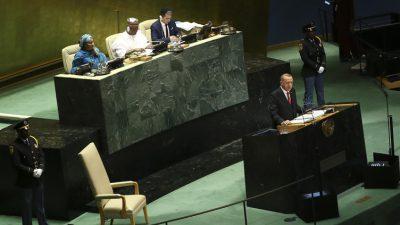 """Cumhurbaşkanı Erdoğan,""""Türkiye, tüm dünyayı ve insanlığı kucaklayan, sorunlara adil çözümler bulmak için çabalayan bir ülkedir"""""""