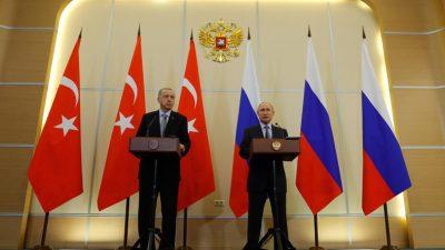 """Cumhurbaşkanı Erdoğan,""""Türkiye ve Rusya, Suriye topraklarında ayrılıkçı hiçbir gündeme izin vermeyecektir"""""""