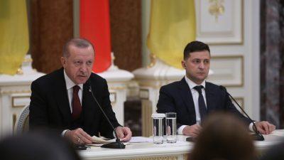 """Cumhurbaşkanı Erdoğan,""""Ukrayna'nın egemenliğine ve Kırım dâhil toprak bütünlüğüne desteğimiz sürecektir"""""""