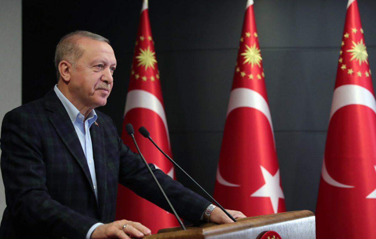 """Cumhurbaşkanı Erdoğan, """"İstanbul'u her alanda küresel merkez hâline getirmekte kararlıyız"""""""