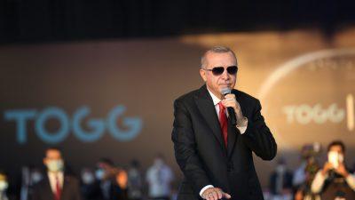 """Cumhurbaşkanı Erdoğan,""""Türkiye'nin Otomobili sadece ülkemizde değil dünyanın birçok yerinde ses getirdi"""""""
