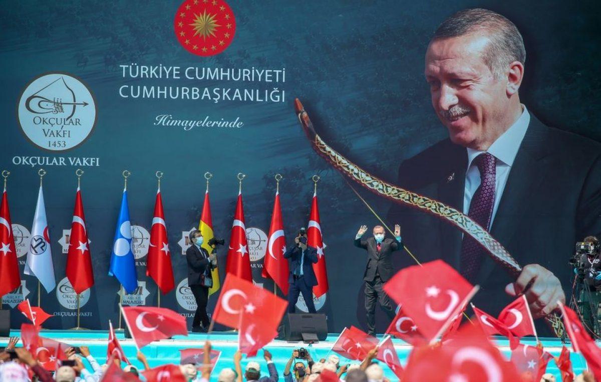 """""""Türkiye'nin artık kararlılığı, imkânları ve cesaretinin test edilecek bir ülke olmadığını herkesin görmesini istiyoruz"""""""